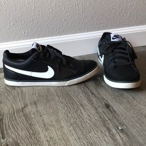 Wmns Nike Women Shoes Capri iii Black Lth 9.5